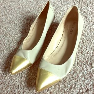 FREE W/ANOTHER PURCHASE! Tan and gold toe shoes